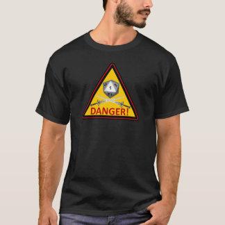 危険! Critの失敗 Tシャツ