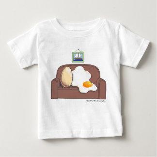卵のソファー ベビーTシャツ