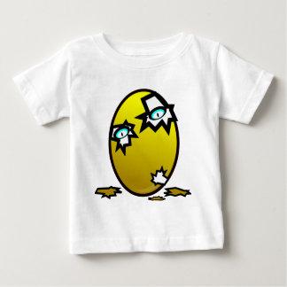 卵の鶏 ベビーTシャツ