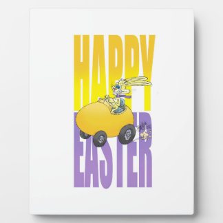 卵を運転するイースターのウサギ フォトプラーク