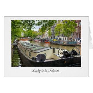 友人があるアムステルダム運河のはしけの家庭の幸運 カード