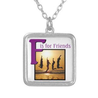 友人のためのF シルバープレートネックレス