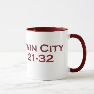 双子都市21-32 マグカップ