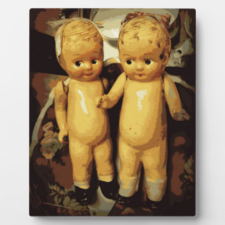 双生児のヴィンテージの人形 フォトプラーク