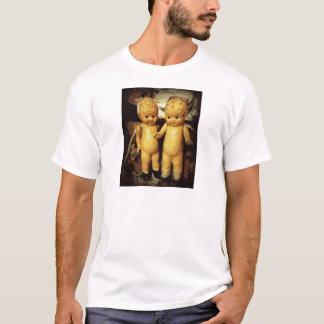 双生児のヴィンテージの人形 Tシャツ