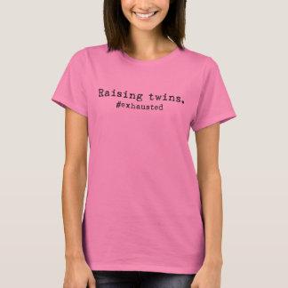 双生児を育てることは女性のTシャツを#Exhausted Tシャツ