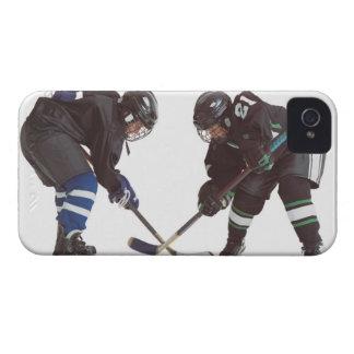 反対を身に着けている2人のコーカサス地方のホッケー選手 Case-Mate iPhone 4 ケース