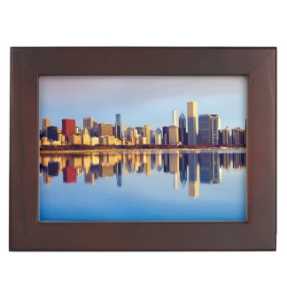 反射のシカゴのスカイラインの眺め ジュエリーボックス