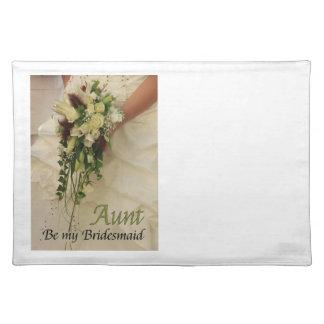 叔母さんは新婦付添人のブライダルの花束です ランチョンマット