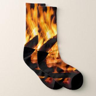 叙事詩の火は写真のソックスを炎にあてます ソックス