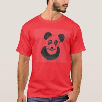 口ひげのパンダ Tシャツ