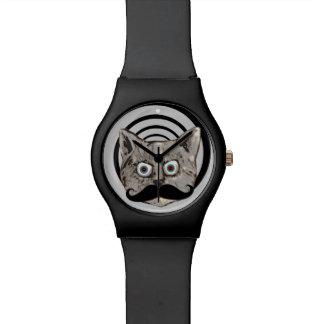 口ひげを持つ奇妙でおもしろいな猫 腕時計