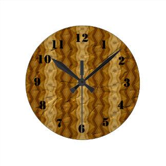 古いしわにされたペーパーパターン ラウンド壁時計