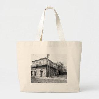 古いアブサンの家、ニュー・オーリンズ: 1906年 ラージトートバッグ