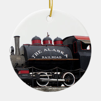 古いアラスカの鉄道蒸気機関、アンカレッジ、AK セラミックオーナメント
