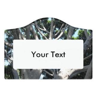 古いイチジクの木 ドアサイン