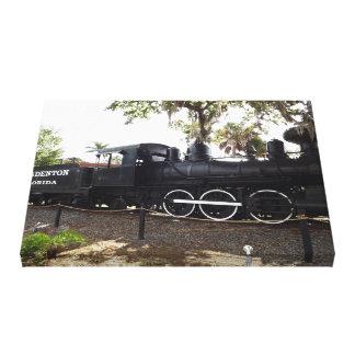 古いキャベツ頭部の列車エンジンBradentonフロリダ キャンバスプリント