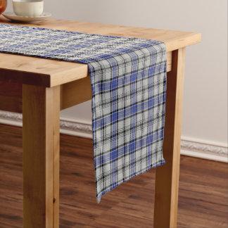 古いスコットランドの一族のHannayの白く青いタータンチェック格子縞 ショートテーブルランナー