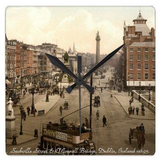 古いダブリンアイルランドの柱時計、Sackvilleの通り スクエア壁時計