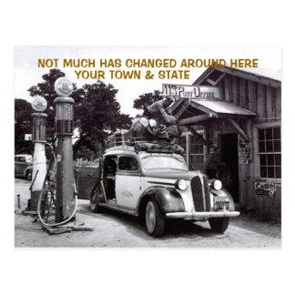 古い丸太の給油所及び車の~NOSTALGICの郵便はがき! ポストカード