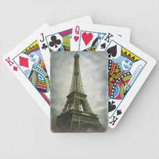 古い写真の効果のエッフェル塔パリ バイスクルトランプ