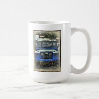 古い土地の粗紡機は決して死にません コーヒーマグカップ