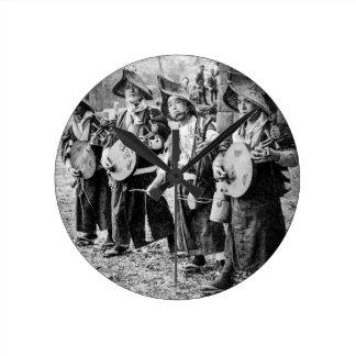 古い日本ヴィンテージ音楽のミュージシャンのメリーなバンド ラウンド壁時計