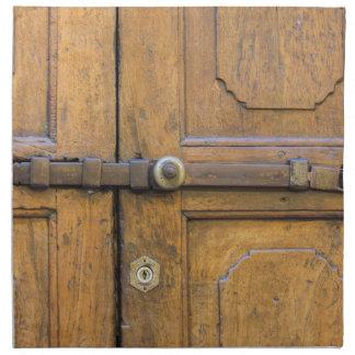 古い木のドアの詳細 ナプキンクロス