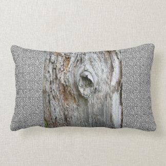 古い木の枕 ランバークッション