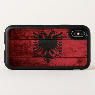 古い木製の穀物のアルバニアの旗 オッターボックスシンメトリー iPhone X ケース