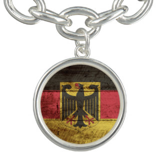 古い木製の穀物のドイツ旗 チャームブレスレット