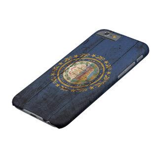 古い木製の穀物のニューハンプシャーの州の旗 BARELY THERE iPhone 6 ケース