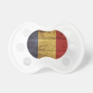 古い木製の穀物のルーマニアの旗 おしゃぶり