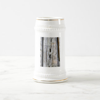 古い木製の質 ビールジョッキ