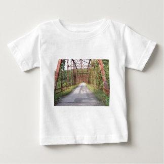 古い橋(kkincade12) ベビーTシャツ