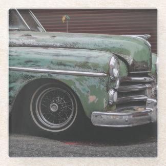 古い緑のヴィンテージ車 ガラスコースター