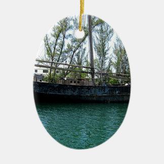 古い船 セラミックオーナメント
