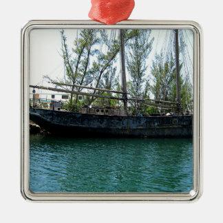 古い船 メタルオーナメント