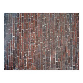 古い赤レンガの壁の質 ポストカード
