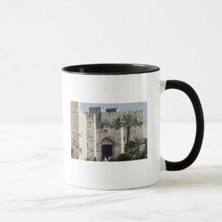 古い都市への出入口 マグカップ