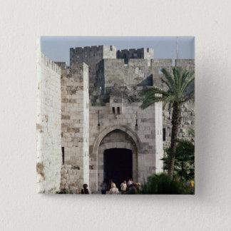 古い都市への出入口 5.1CM 正方形バッジ