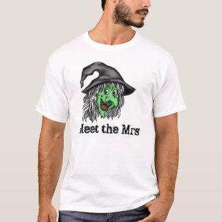 古い魔法使い Tシャツ