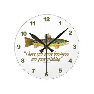古い魚釣りの単語 ラウンド壁時計