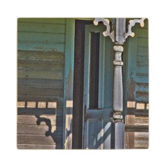 古い、断念された家屋敷 ウッドコースター
