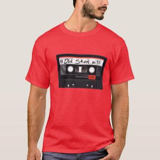 古いSkoolの組合せの人の基本的な暗いTシャツ Tシャツ