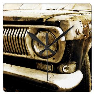 古くクラシックな車のヘッドライト#2 スクエア壁時計