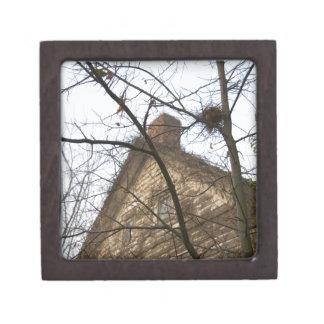 古く及び新しい、鳥の巣及び農家 ギフトボックス