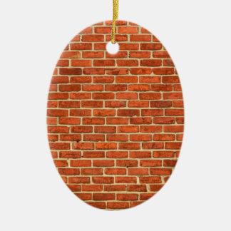 古く汚く赤いオレンジレンガ壁の正面の構造 セラミックオーナメント