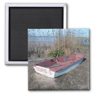 古く素朴な漕艇 マグネット