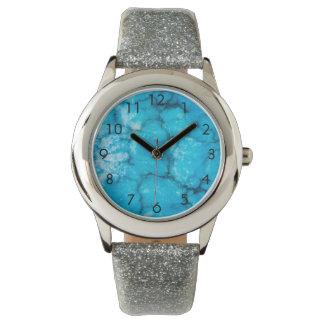 古く青い大理石の一見 腕時計